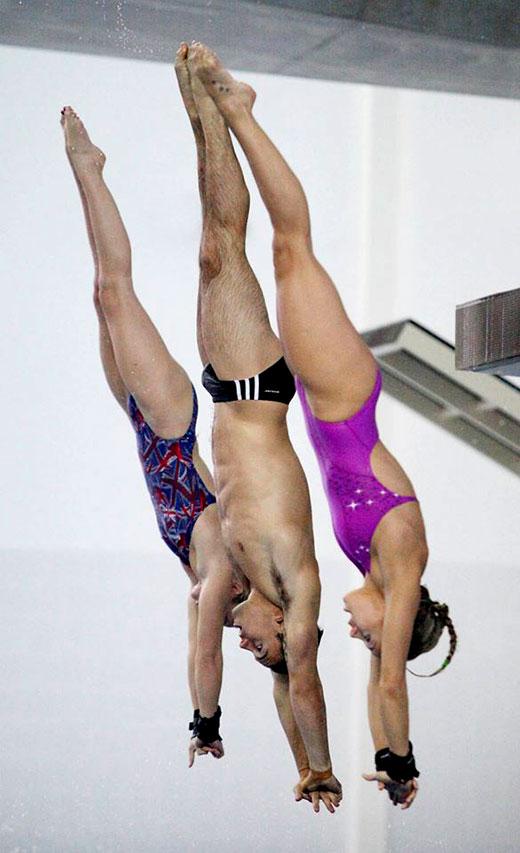 Co-Ed Divers